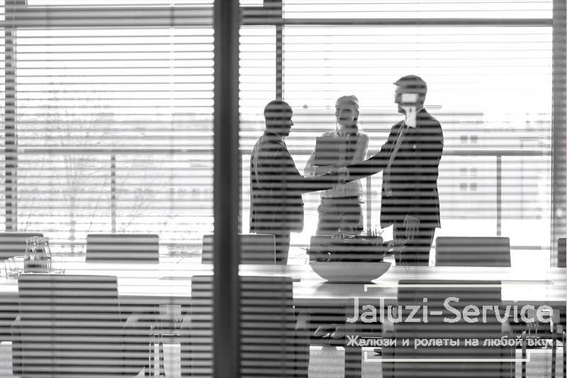Жалюзи и офисные перегородки — новые идеи